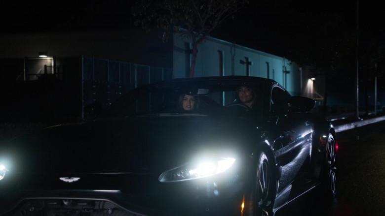Aston Martin Vantage Sports Car in L.A.'s Finest S02E01 (3)
