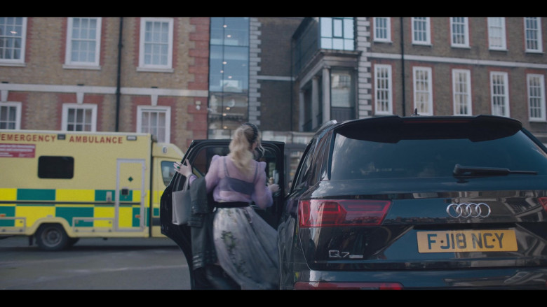 Audi Q7 Car in The Duchess S01 Episode Two (2020)
