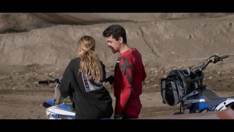 Burton Hoodie of Talitha Bateman as Alexis 'Lex' Logan in Away S01E06 (1)