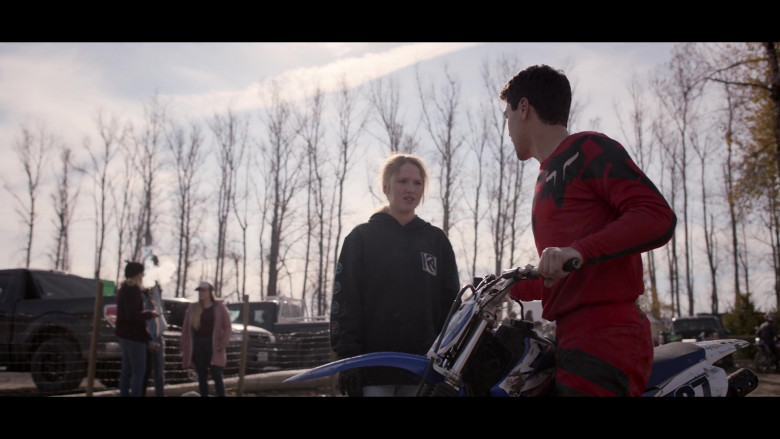 Burton Hoodie of Talitha Bateman as Alexis 'Lex' Logan in Away S01E06 (2)