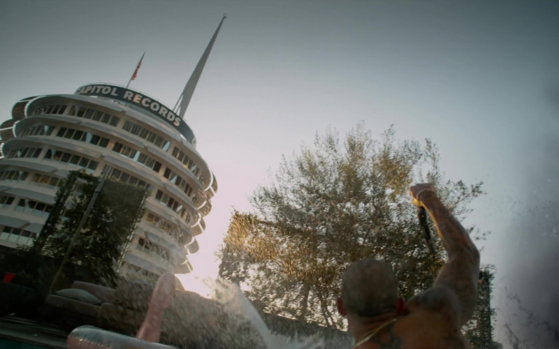 Capitol Records in L.A.'s Finest S02E01