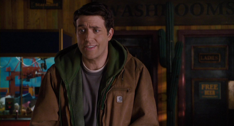 Carhartt Jacket Casual Outfit of Craig Bierko as Tom Ryan in Scary Movie 4 (1)