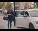 Chanel Bag of Doon Mackichan as Cheryl in The Duchess S01 E...
