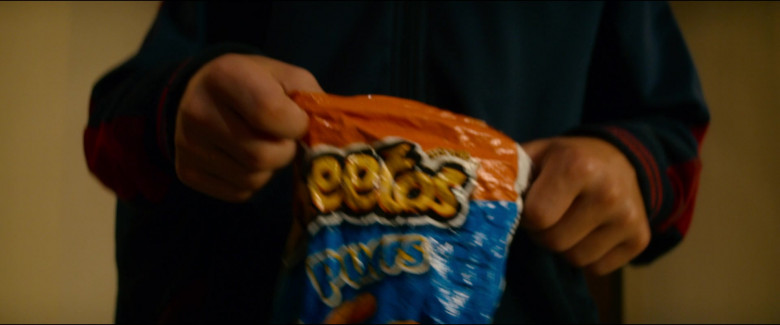 Cheetos Puffs of Javon Walton as Grant in Utopia S01E01 (1)