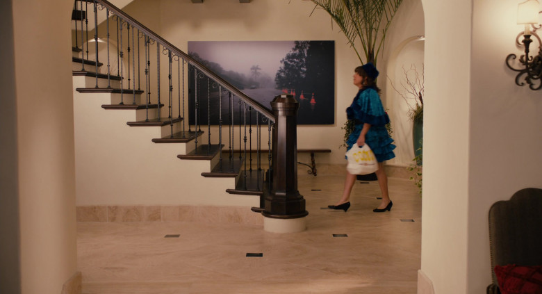 Coco's Restaurant & Bakery Bag Held by Adam Sandler as Jill in Jack and Jill (1)