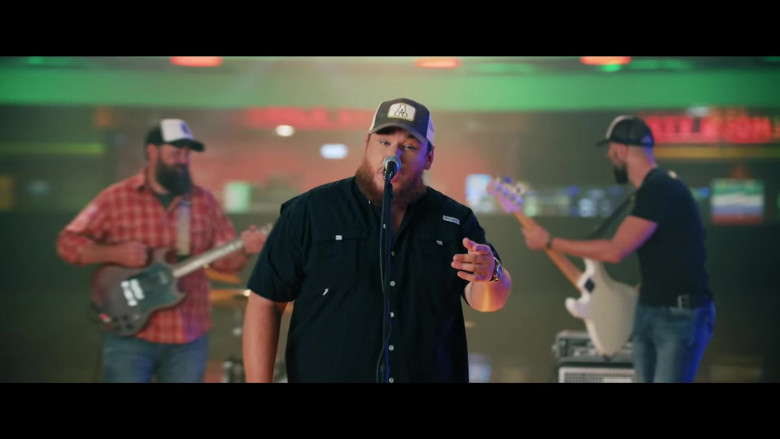 Columbia Shirt Outfit of Luke Combs in Lovin' On You (2)
