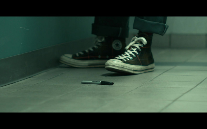 Converse Sneakers of Lamorne Morris as Keef in Woke S01E08