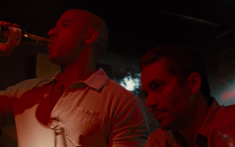 Corona Extra Beer of Vin Diesel as Dominic Toretto in Fast & Furious (1)