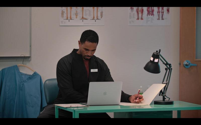 Damon Wayans Jr. Using Apple MacBook Laptop in Love, Guaranteed (2020) Movie