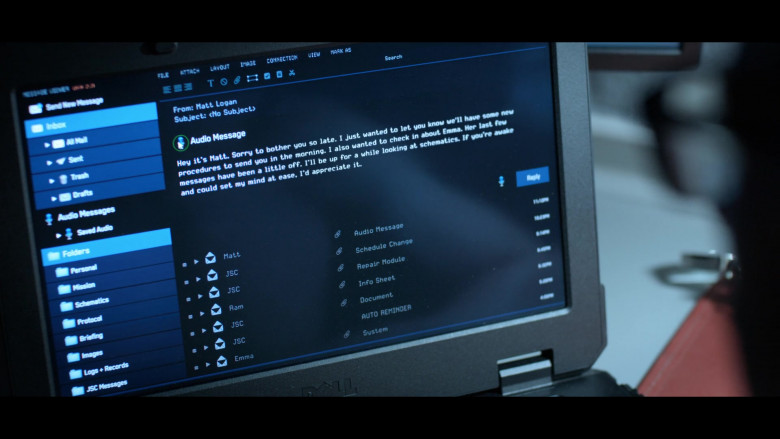 Dell Laptop of Mark Ivanir as Misha in Away S01E07 (3)