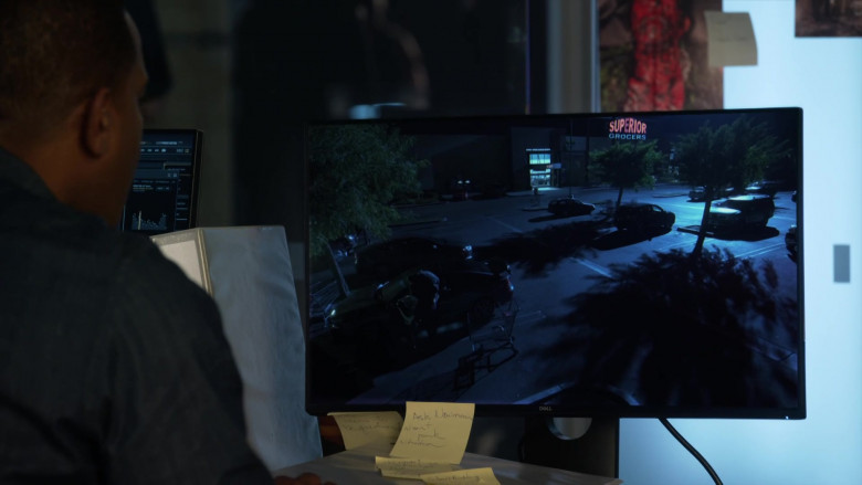 Dell Monitor Used by Duane Martin as Ben Baines in L.A.'s Finest S02E08 (2)