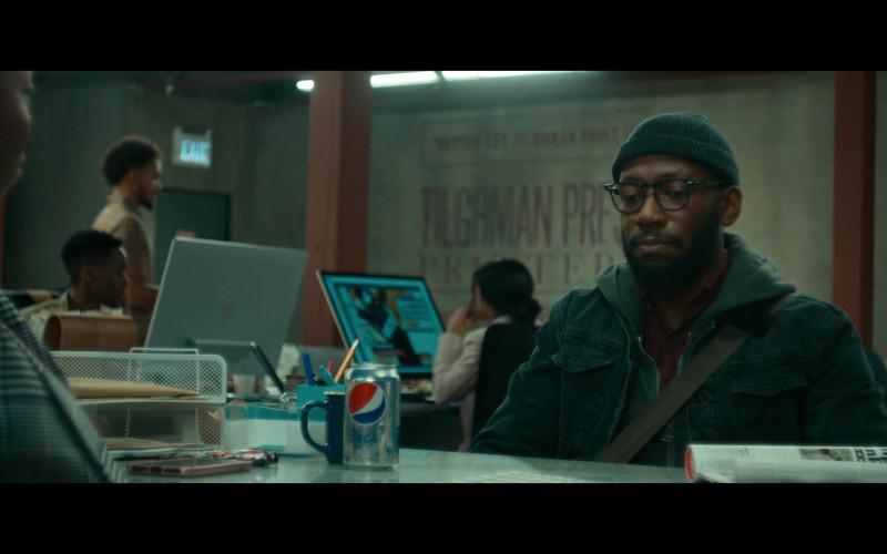 Diet Pepsi Soda in Woke S01E02