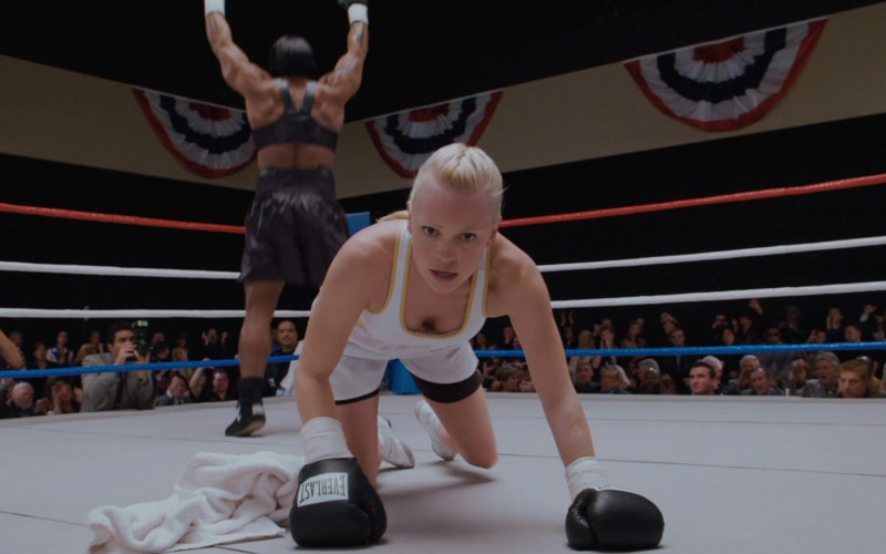 Everlast Boxing Gloves of Anna Faris as Cindy Campbell in Scary Movie 4 (1)