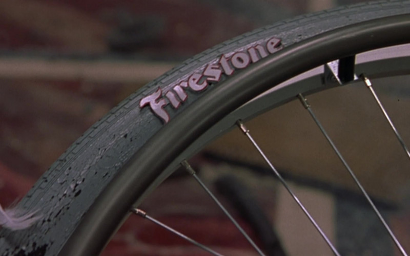Firestone Tire in Scary Movie 2 (2001)