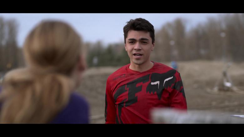 Fox Racing Motorcycle Gear of Adam Irigoyen as Isaac in Away S01E07 (3)
