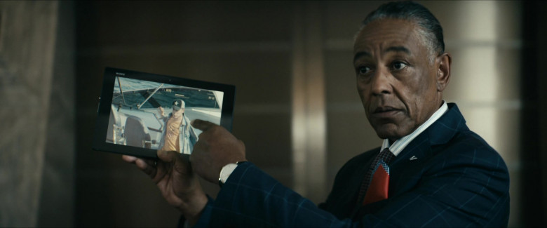 Giancarlo Esposito as Stan Edgar using Sony Xperia Android Tablet in The Boys S02E03 TV Show