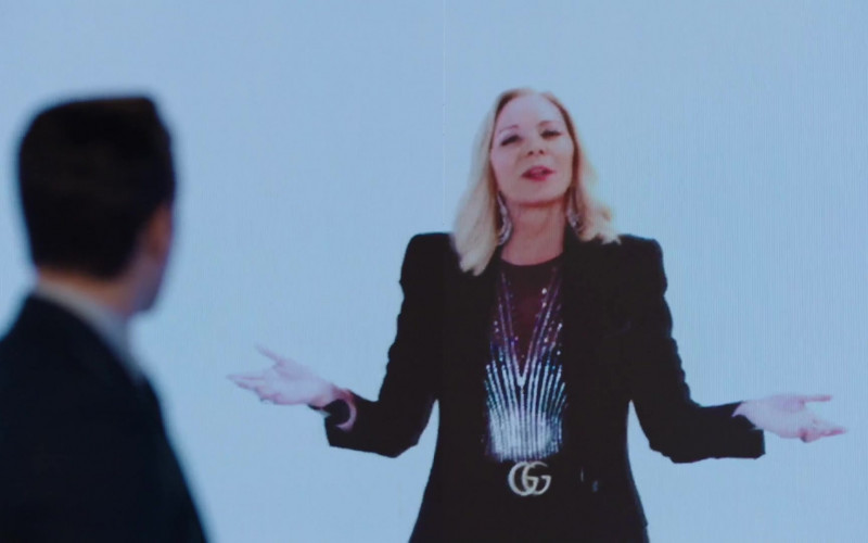 Gucci Outfit of Kim Cattrall as Margaret Monreaux in Filthy Rich S01E01