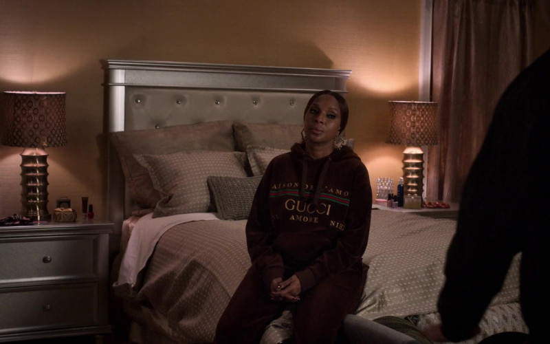 Gucci Women's Hoodie and Velvet Sweatpants Suit of Mary J. Blige as Monet Stewart Tejada in Power Book 2 Ghost S01E03