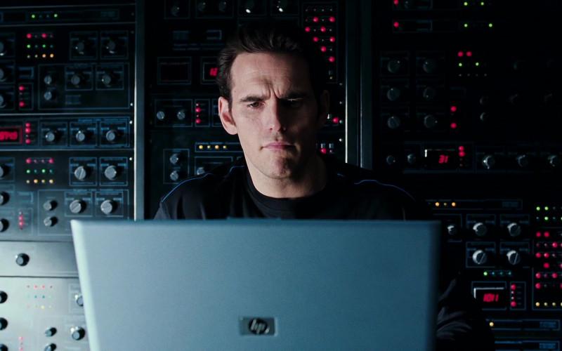 HP Laptop of Matt Dillon as Trip Murphy in Herbie Fully Loaded (1)
