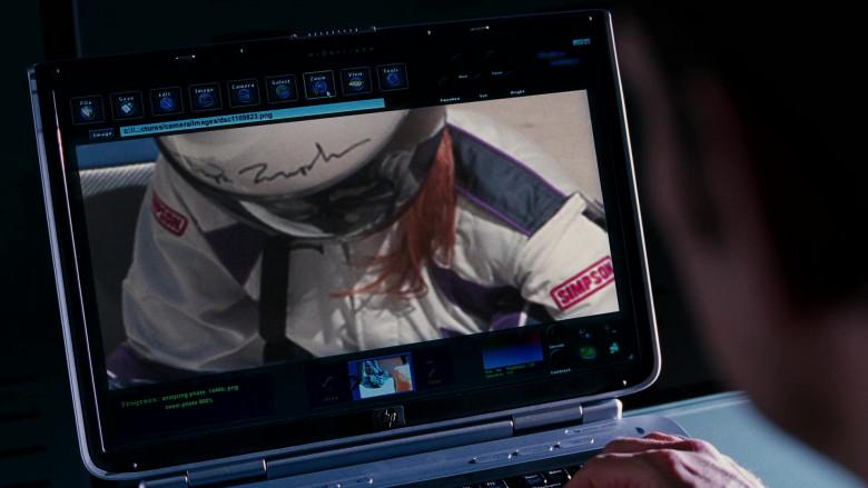 HP Laptop of Matt Dillon as Trip Murphy in Herbie Fully Loaded (2)