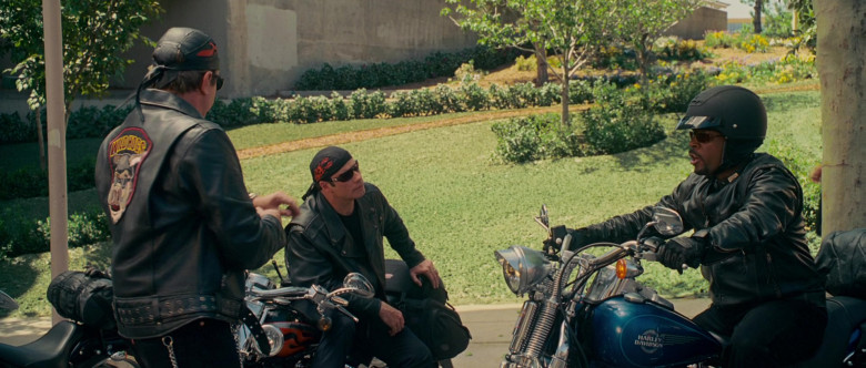 Harley-Davidson FXSTS Softail Springer Blue Motorcycle of Martin Lawrence as Bobby Davis in Wild Hogs (1)