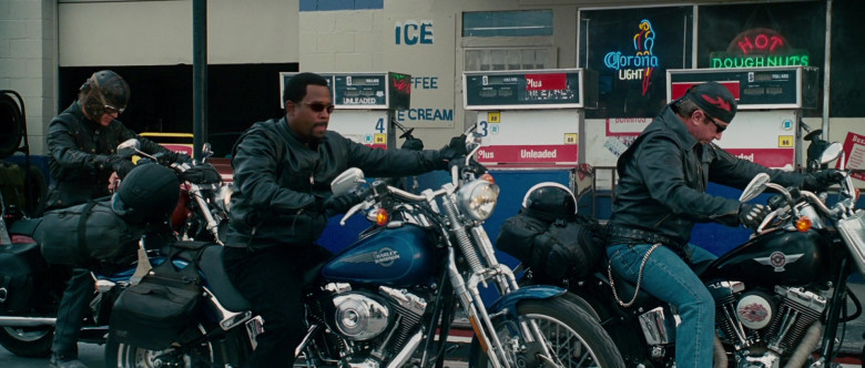 Harley-Davidson FXSTS Softail Springer Blue Motorcycle of Martin Lawrence as Bobby Davis in Wild Hogs (3)