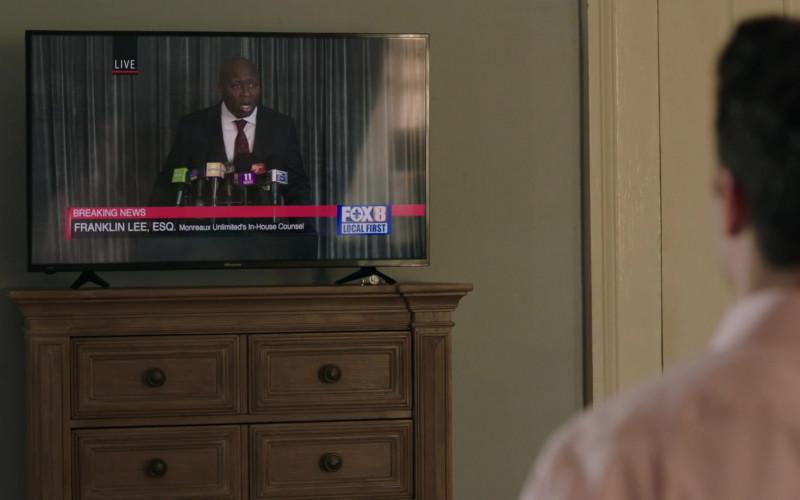 Hisense TV in Filthy Rich S01E01 Pilot (2020)