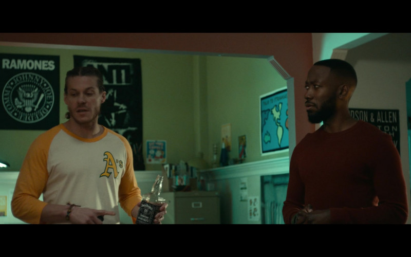 Jack Daniel's Whiskey Enjoyed by Blake Anderson as Gunther in Woke S01E06
