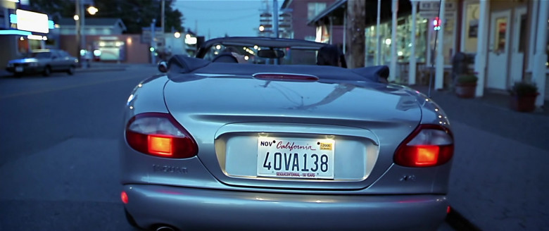 Jaguar XK8 [X100] Convertible Car in Scary Movie (1)