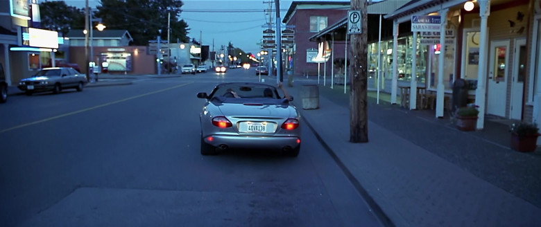 Jaguar XK8 [X100] Convertible Car in Scary Movie (2)