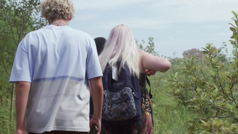 JanSport Backpack of Francesca Scorsese as Britney Orton in We Are Who We Are S01E01 TV Show (2)