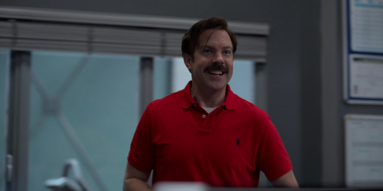 Jason Sudeikis Wears Ralph Lauren Red Polo Shirt Outfit in Ted Lasso S01E06 TV Show