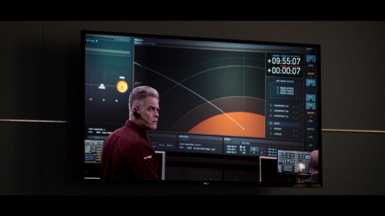 LG Flat Screen TV in Away S01E08 Vital Signs (2020)