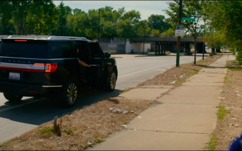 Lincoln Navigator Black Car in Utopia S01E08 TV Show