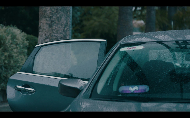 Lyft Car in Sneakerheads Season 1 Episode 6 (2)
