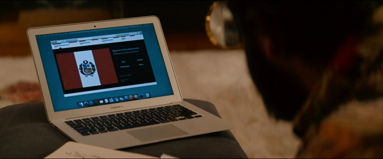 MacBook Air Laptop by Apple Used by Desmin Borges as Wilson Wilson in Utopia S01E06 (1)