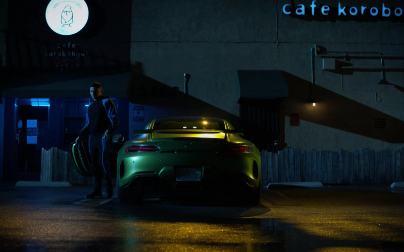 Mercedes-Benz AMG GT R Green Car and Cafe Korobokgur in L.A.'s Finest S02E11