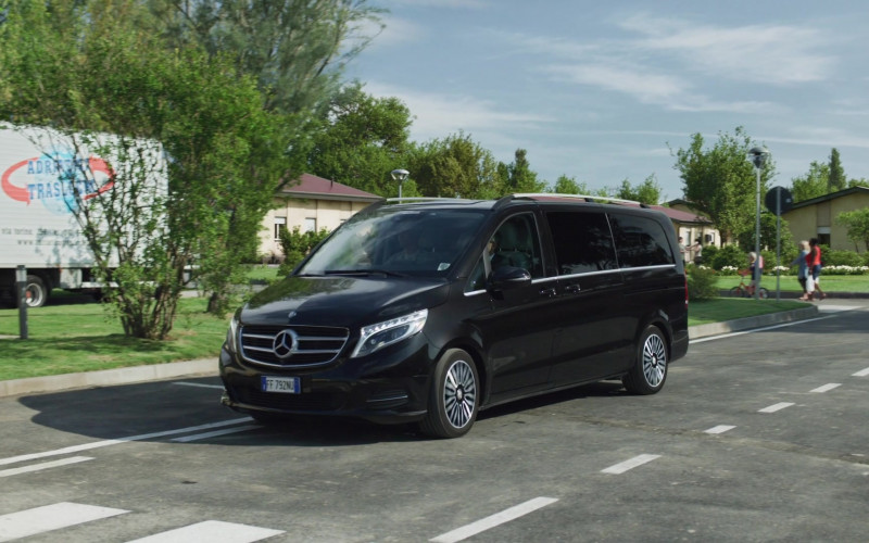 Mercedes-Benz V-Class Black Multi Purpose Vehicle in We Are Who We Are S01E01 (1)