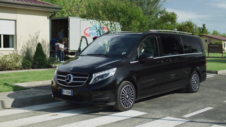 Mercedes-Benz V-Class Black Multi Purpose Vehicle in We Are Who We Are S01E01 (2)