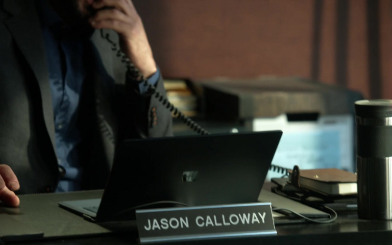 Microsoft Surface Black Notebook of David Fumero as Lt. Jason Calloway in L.A.'s Finest S02E06