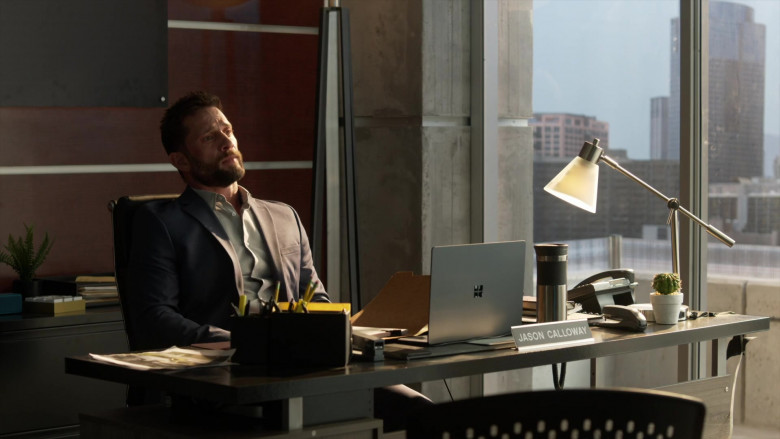 Microsoft Surface Laptop Used by David Fumero as Lt. Jason Calloway in L.A.'s Finest S02E05 (3)