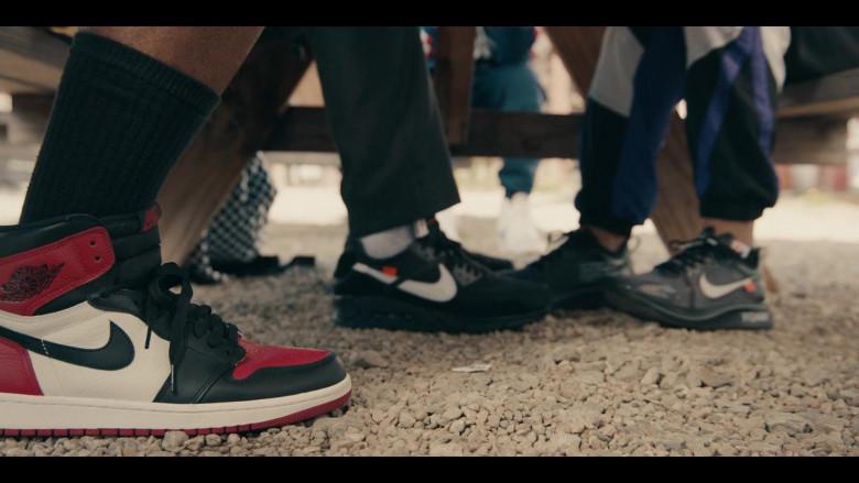 Nike AJ 1 Black Toe Sneakers of Andrew Bachelor as Bobby in Sneakerheads S01E04 (2)