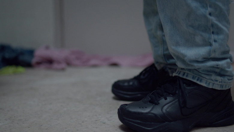 Nike Air Monarch IV Men's Black Leather Sneakers in Room 104 S04E07