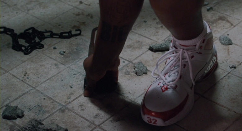 Nike Air Shaq Sneakers of Shaquille O'Neal in Scary Movie 4 (2)