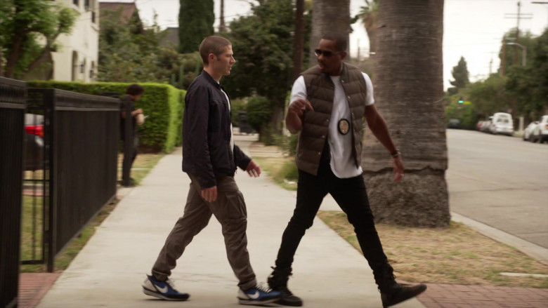 Nike Sneakers of Zach Gilford as Ben Walker in L.A.'s Finest S02E01 (3)