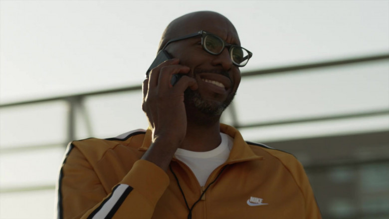 Nike Tracksuit Jacket in L.A.'s Finest S02E07 (1)