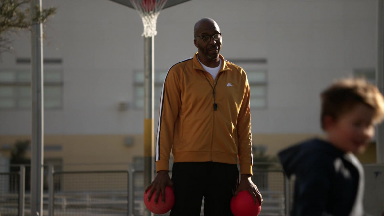 Nike Tracksuit Jacket in L.A.'s Finest S02E07 (2)