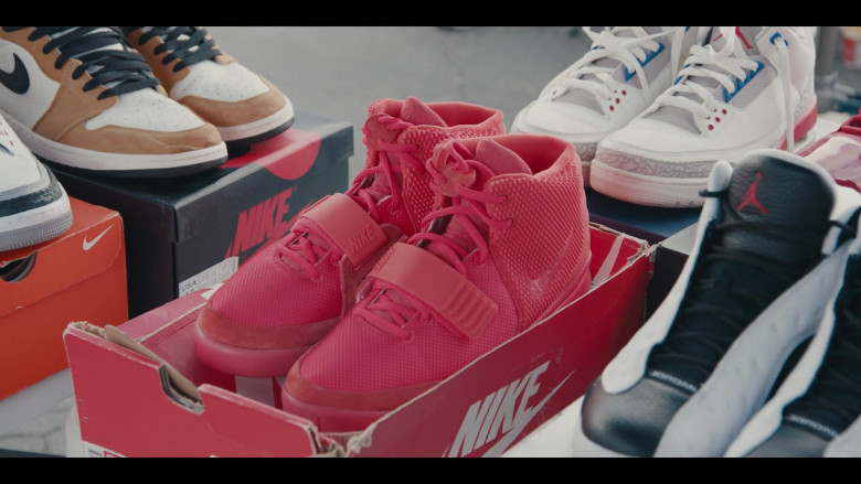 Nike and Air Jordan Shoes in the Store in Sneakerheads S01E02 (6)