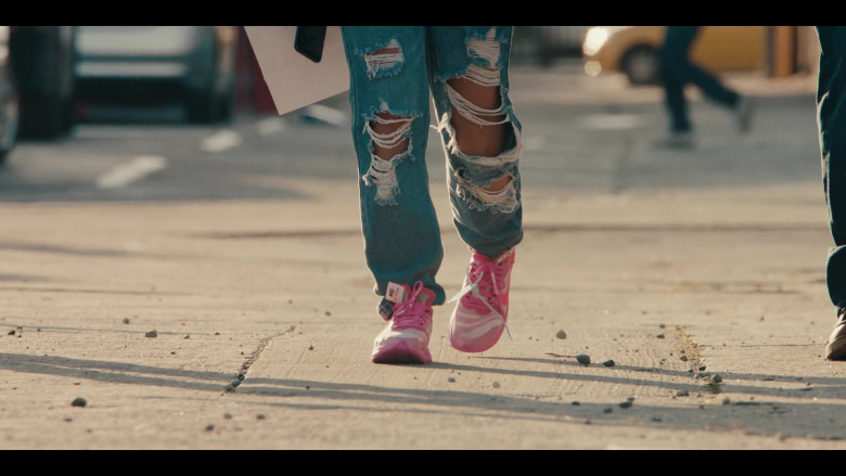 Off-White x Nike Zoom Fly Pink Sneakers Worn by Jearnest Corchado as Nori in Sneakerheads S01E02 TV Show by Netflix (1)