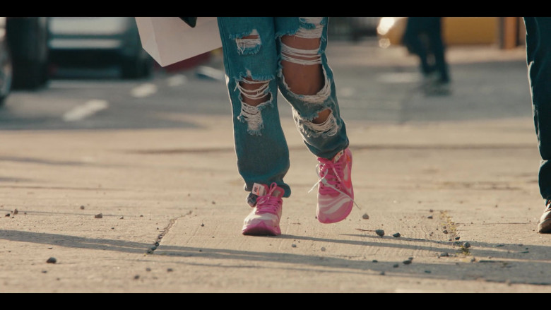 Off-White x Nike Zoom Fly Pink Sneakers Worn by Jearnest Corchado as Nori in Sneakerheads S01E02 TV Show by Netflix (2)